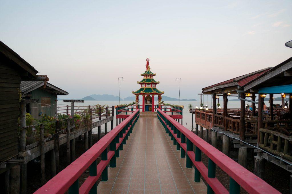 Chinesischer Tempel in der Old Town auf Koh Lanta