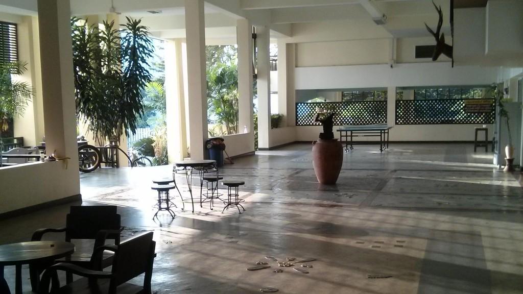 Foyer im Cholthida Place 2 im Westen der Stadt