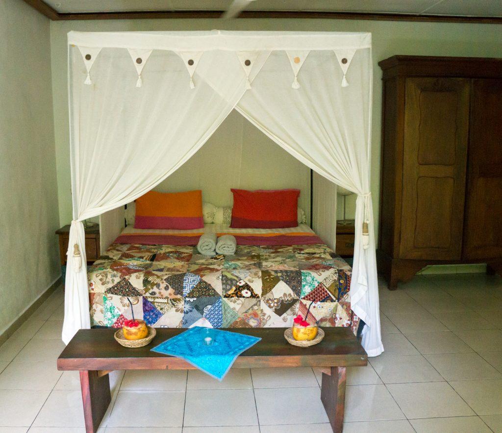 Unser Schlafzimmer mit Moskitonetz im Rumah Semanggi
