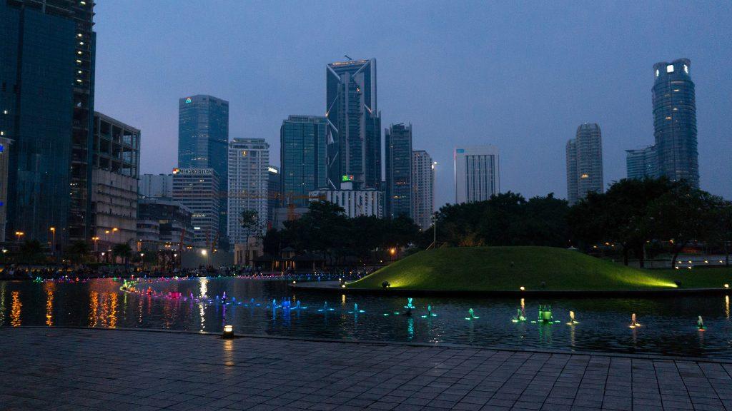 Wasserspiele im KLCC Park in Kuala Lumpur