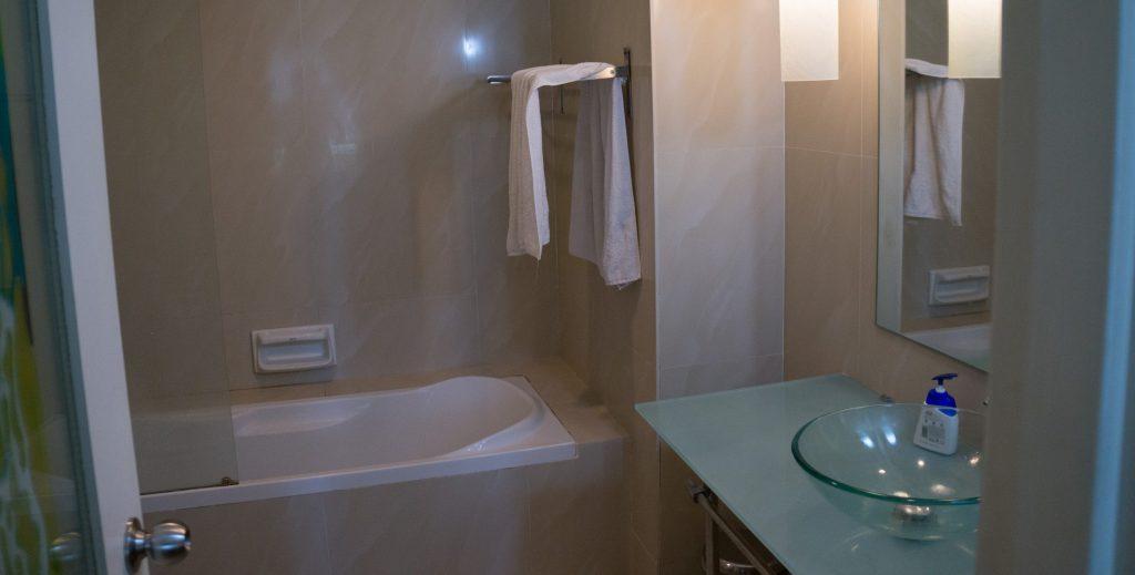 Badezimmer inn der Parkview Residence