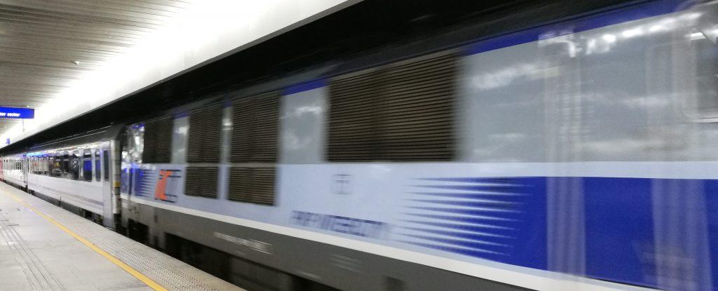 Einfahrt unseres Zuges am Warschauer Bahnhof