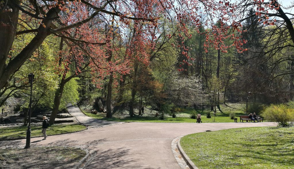Der Stryisky Park in Lemberg im April